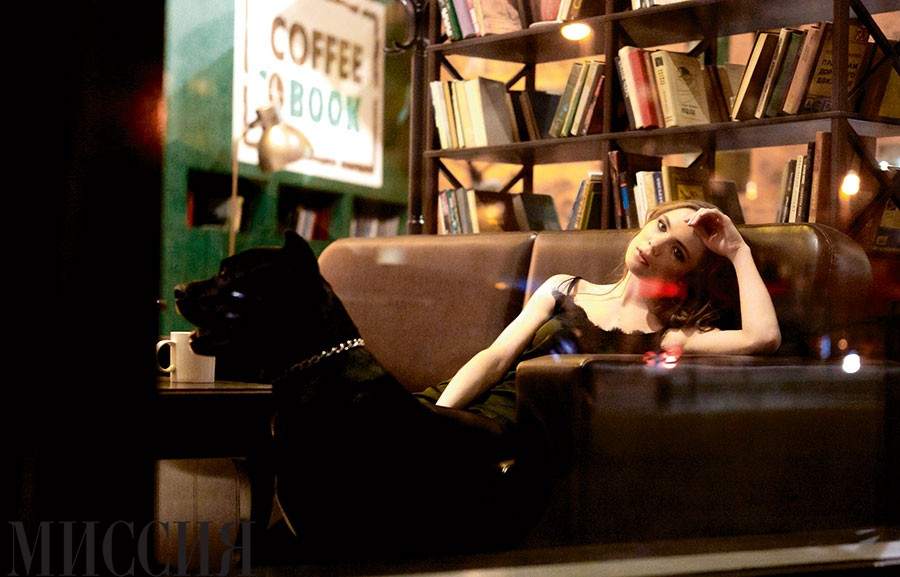 Девушка с собачкой: кане корсо итальяно