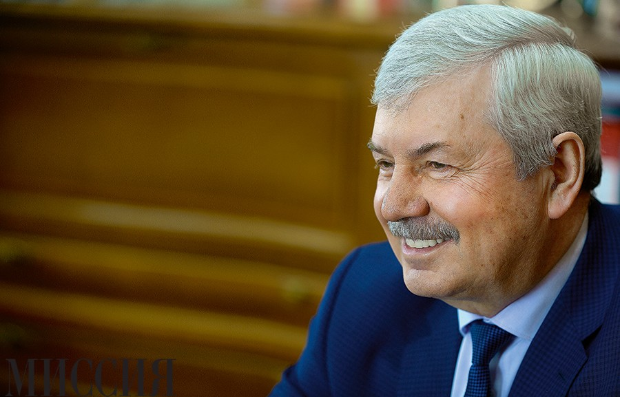 Владимир Мякуш: «За буквой закона видим людей»