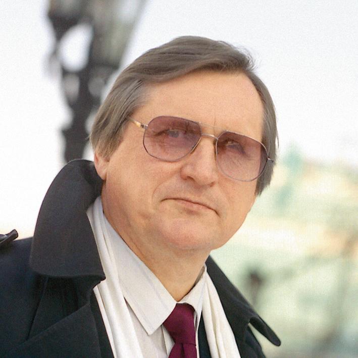 Юрий Бобков