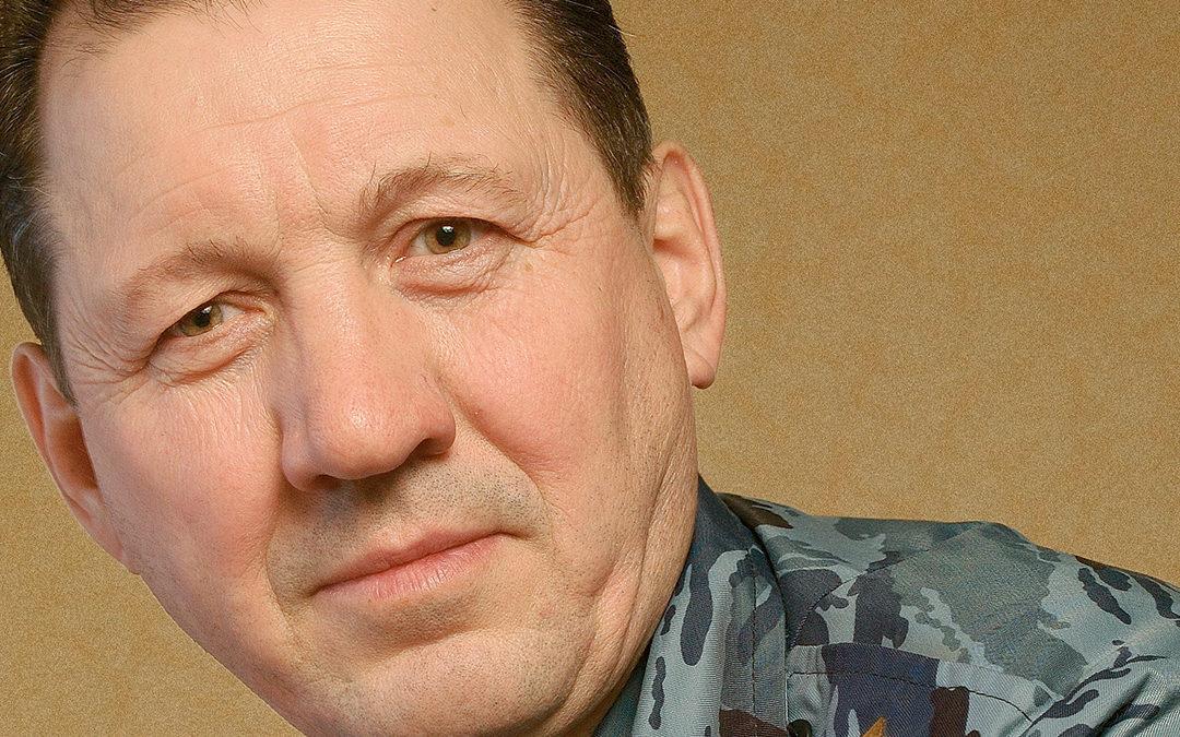 Офицеры: майор милиции Владимир Горячев
